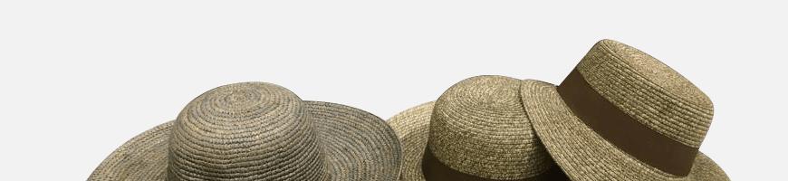 Cappelli in Feltro e in Paglia.